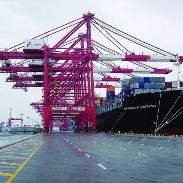 保险在国际贸易中的法律作用是什么?