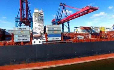 运费不断飙升!美国港口高管预计航运堵塞料将持续至2022年